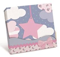 """Los productos del tema """"Fiesta de Pijamas"""" tienen imágenes de estrellas, nubes, corazones y flores, cajita fiesta pijama"""